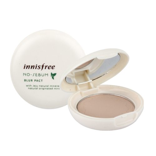 dolly skin Innisfree NO-SEBUM Blur Pact 4